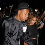 Beyonce-and-Jay-Z-rekindle-romance-in-Paris