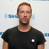 Chris-Martin,-JLaw-respectful-of-Paltrow