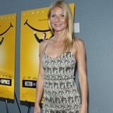 Gwyneth-making-Brad-feel-second-best