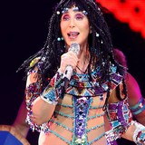 Cher-offers-Gaga-support