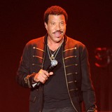 Lionel-Richie-dismisses-Kardashian-paternity-claims