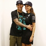 Lewis-Hamilton-sweats-over-Scherzinger