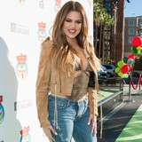 Khloe:-Think-positive!