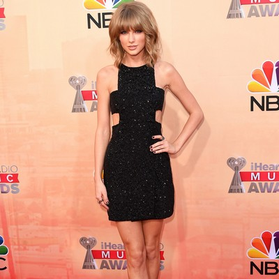 Taylor-Swift-sweeps-iHeart-Awards