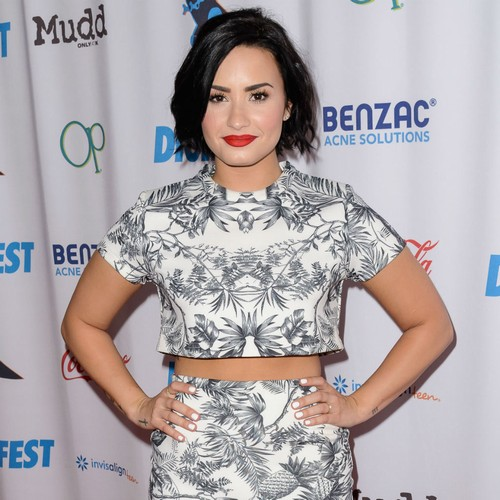 Demi-Lovato:-Lifes-too-short,-get-raw