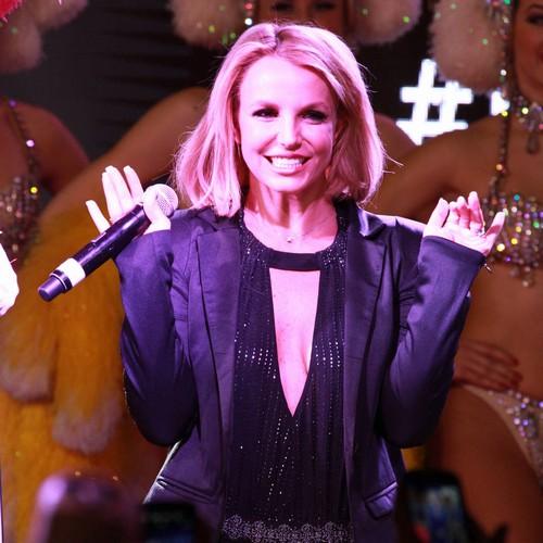 Britney Spears impressed by Colton Haynes' onstage dance skills