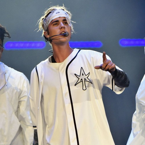 Justin Bieber's representative dismisses miming allegations