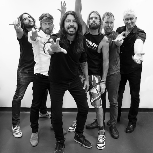 Dave-Grohl-sells-out-SXSW-showcase-to-Citibank