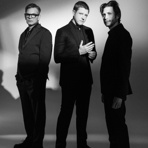 Interpol-share-new-track