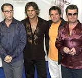 INXS-official-statement-confirms-break-up