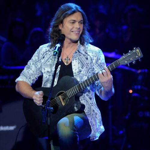 Gianluca Grignani: insulti al concerto