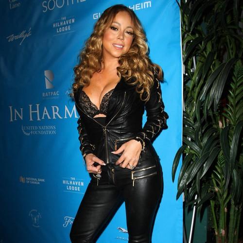 Mariah Carey: vietati i cartelloni 'sexy'