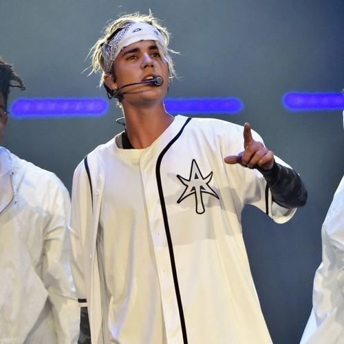 Justin Bieber: nega le accuse di playback