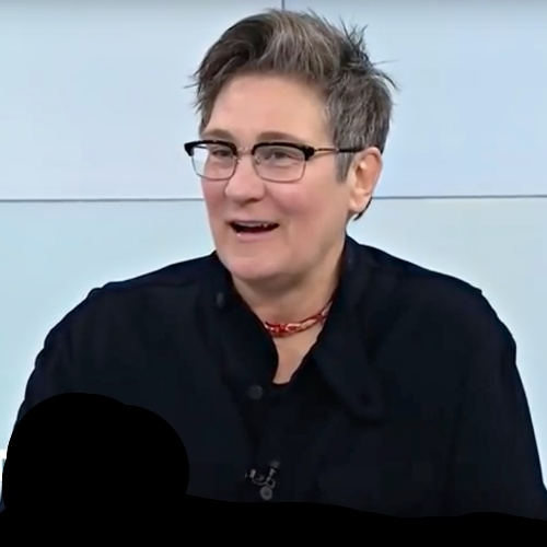 K.d. Lang Says She Was Willing To Risk Her Career To Be Open About Her Sexuality