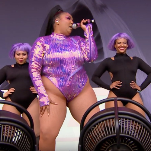 "Permalink to Lizzo fights ""obesity epidemic"" trolls – music news"