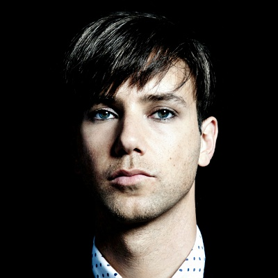 Tiga-announces-debut-live-show